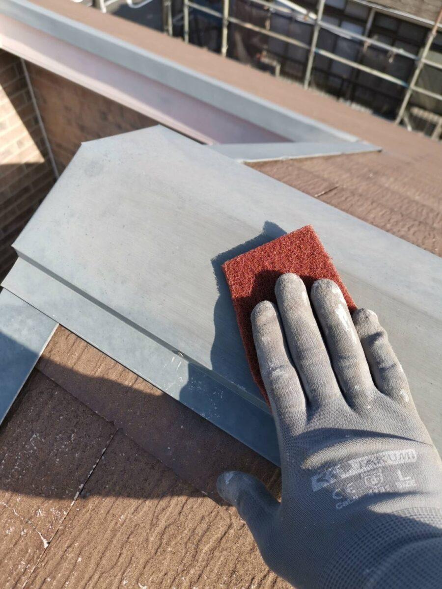 屋根板金ケレンの画像