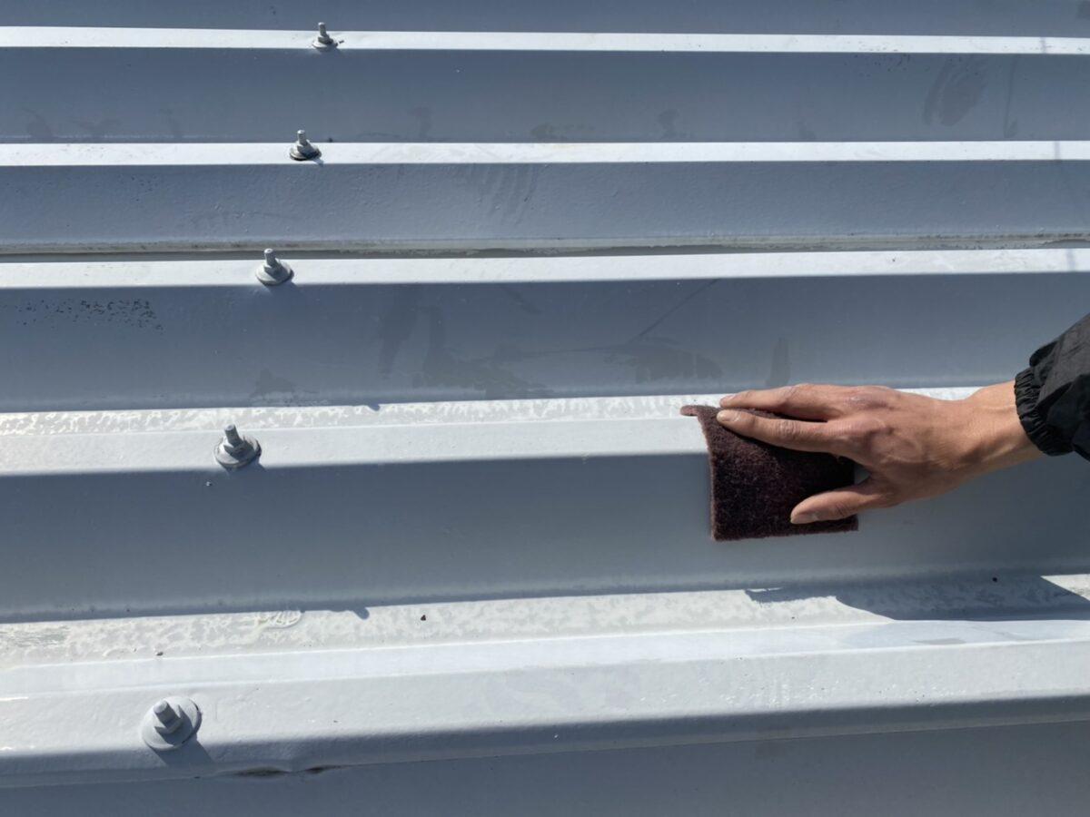 折半屋根のケレンの画像